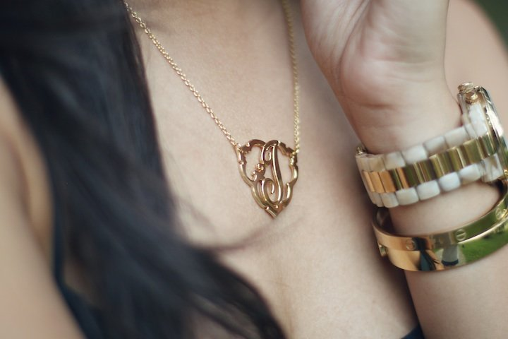 cwonder-initial-necklace