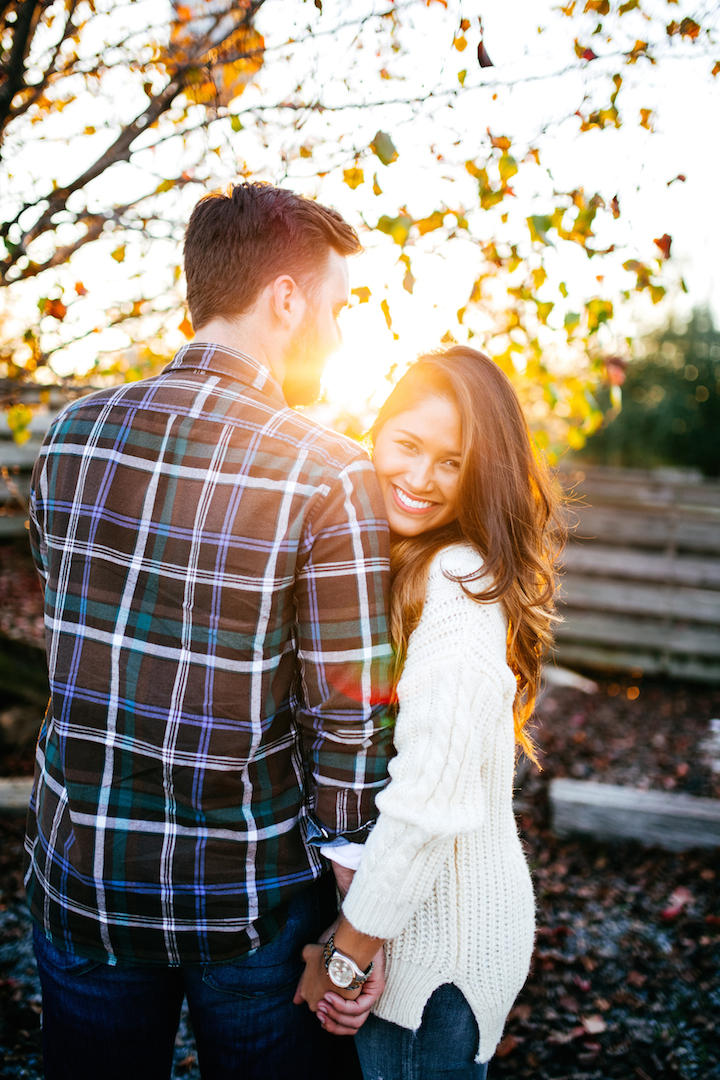cozy-engagement-photos
