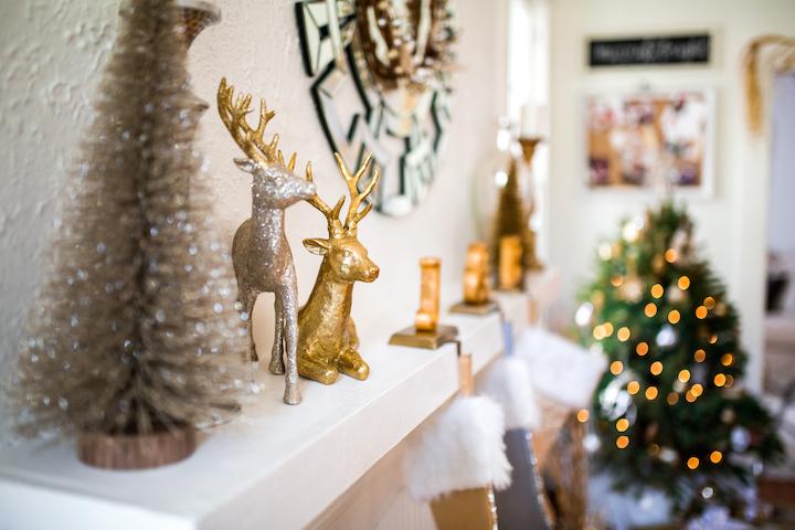 gold-reindeer