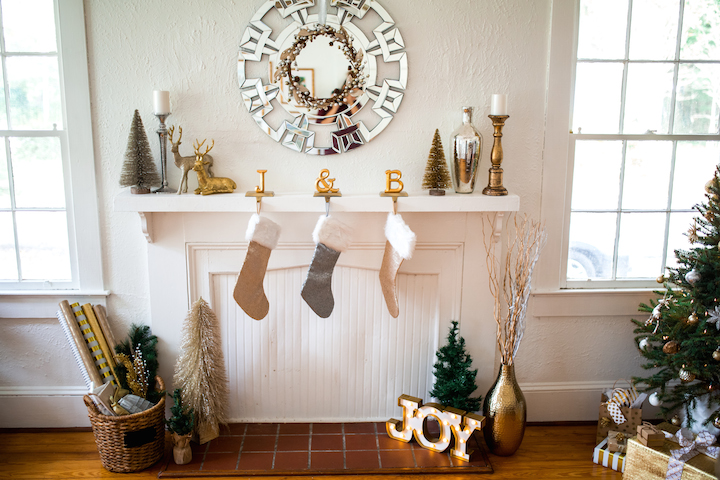holiday-mantle-decor