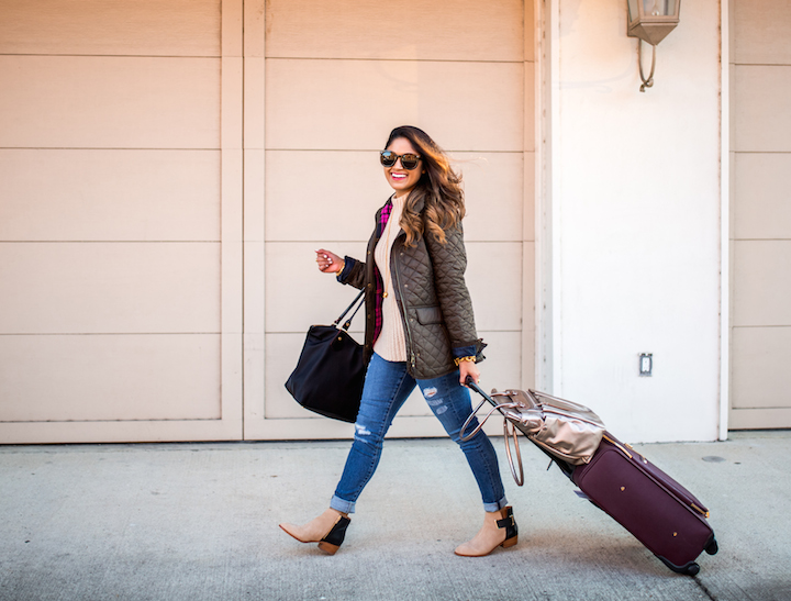 comfortable-travel-clothes
