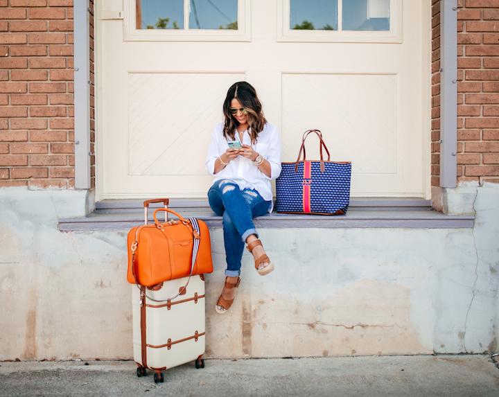 henri-bendel-travel-bag