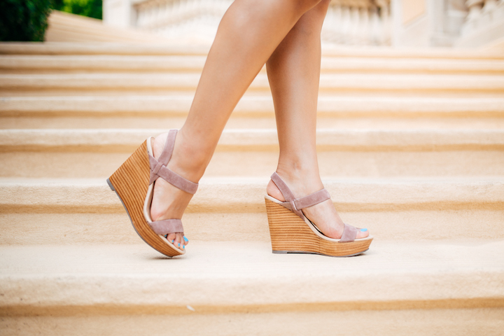 tan-wedges