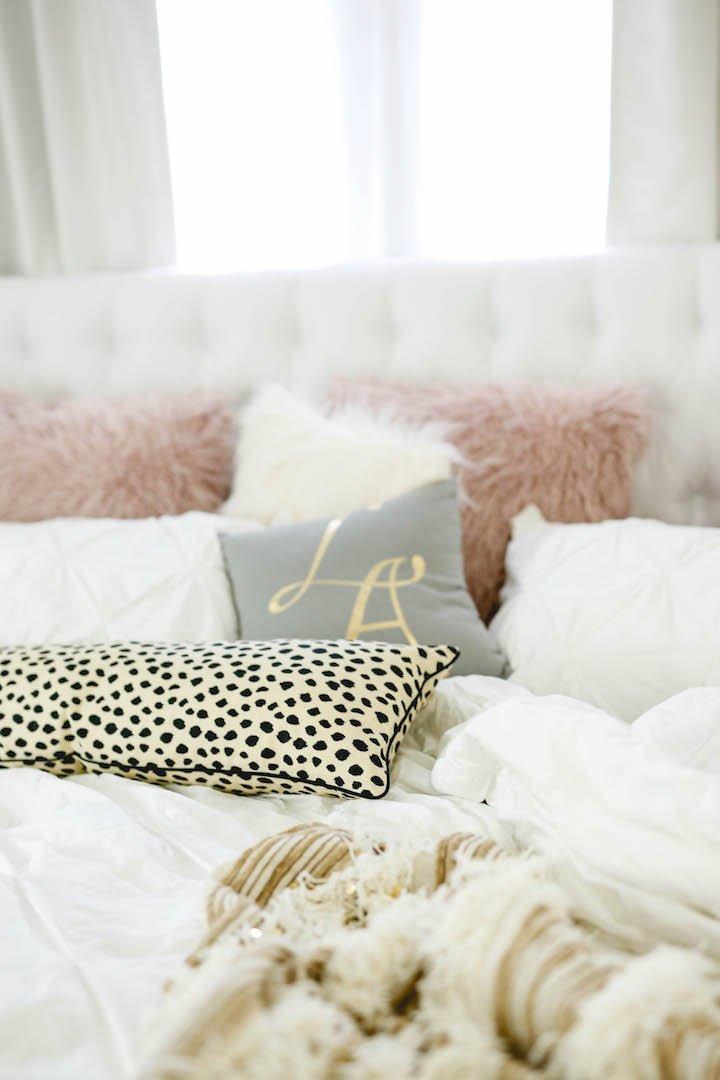 spotted-lumbar-pillow