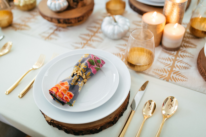 fall-floral-linens