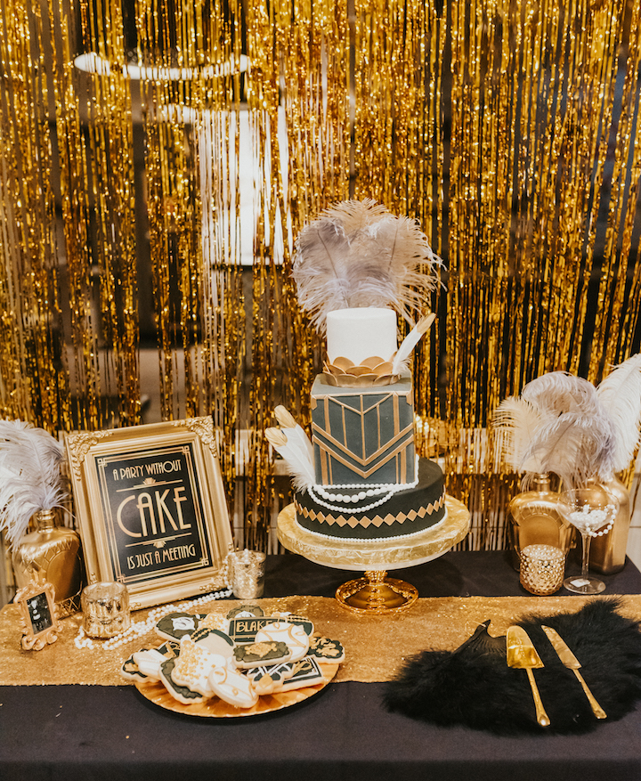 Great Gatsby Themed Table Decorations  from hauteofftherack.com