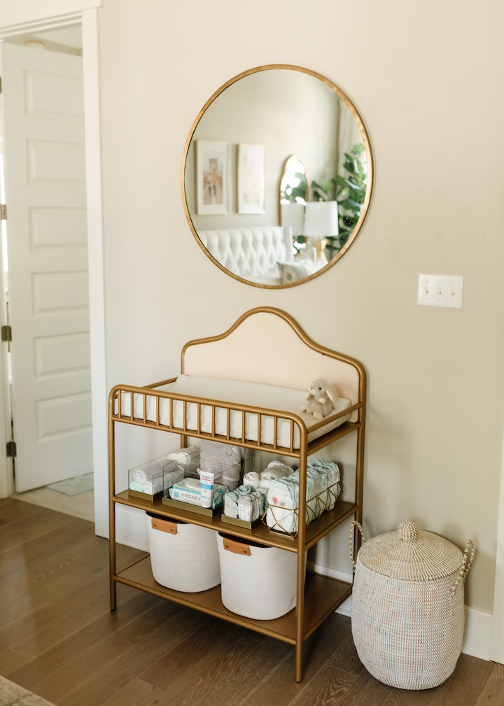 baby-changing-table