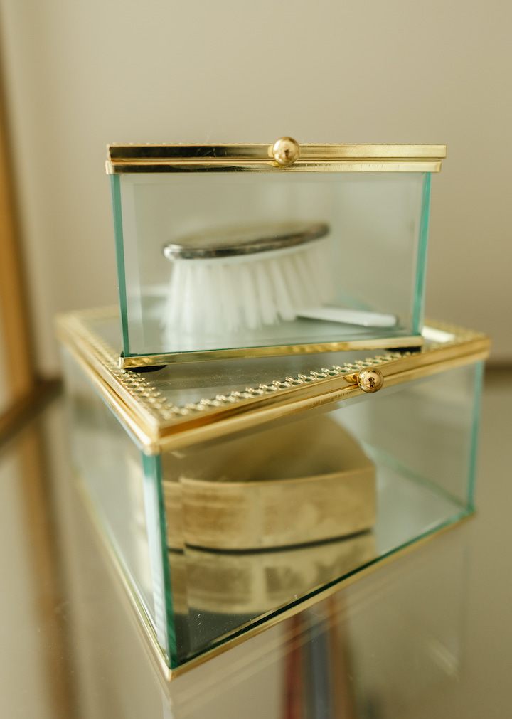 gold-and-glass-boxes